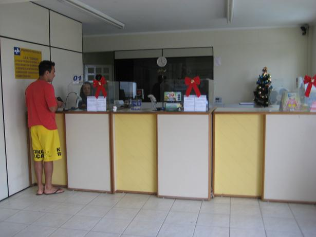 A typical Brasilian post office